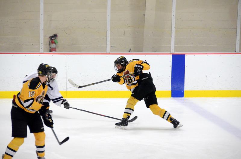 141004 Jr. Bruins vs. Boston Bulldogs-011.JPG