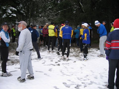 2005 New Year's Day Memorial Run - A group shot