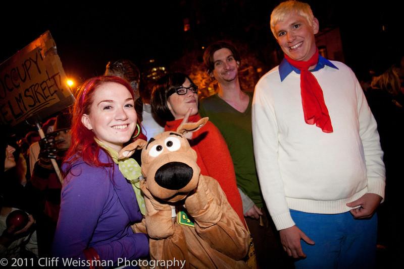 NYC_Halloween_Parade_2011-6637.jpg
