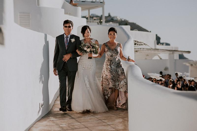 Tu-Nguyen-Destination-Wedding-Photographer-Santorini-Rocabella-Hotel-Euna-Ehsan-393.jpg