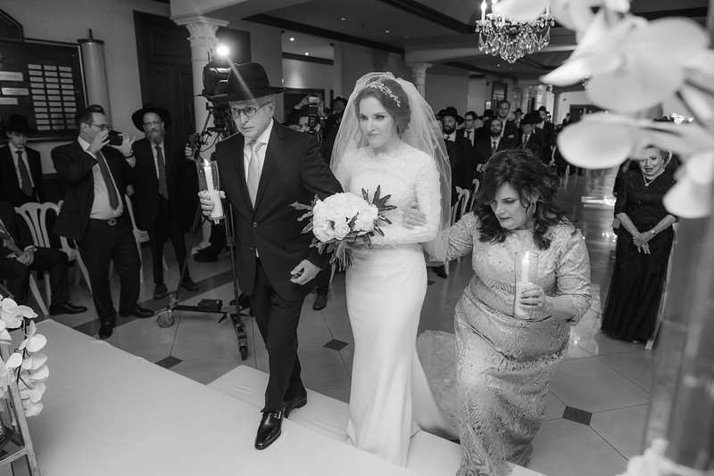Miri_Chayim_Wedding_BW-557.jpg