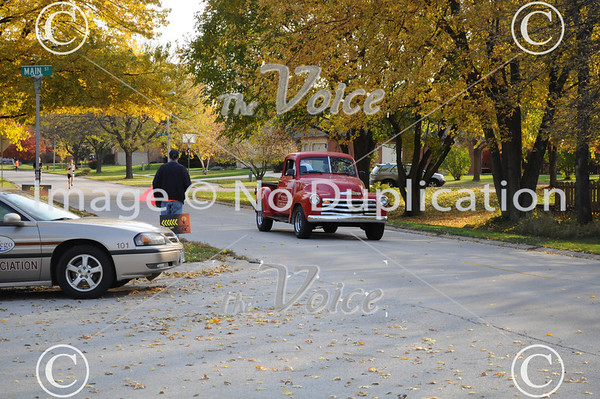 Oswego, IL Edward 5K Fraidy Cat Run  & Walk 10-30-11