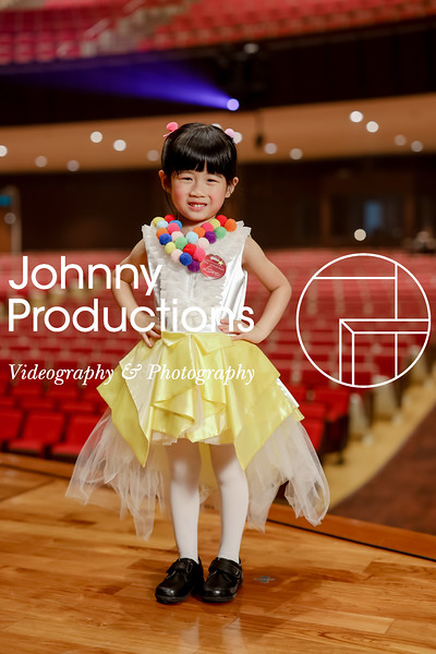0005_day 1_yellow shield portraits_johnnyproductions.jpg