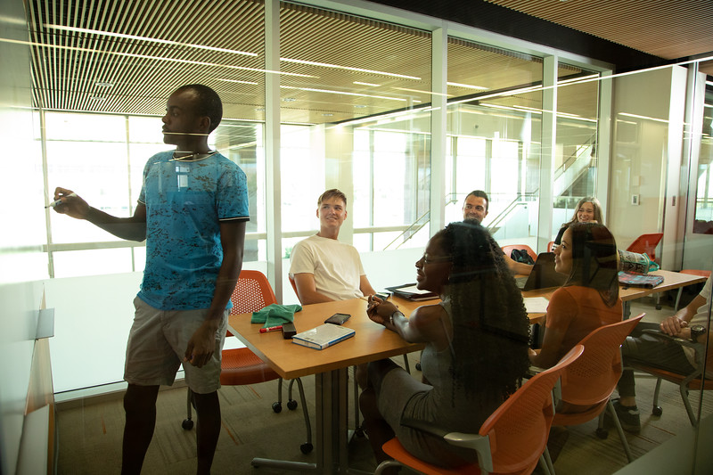 International Student Services-4743.jpg