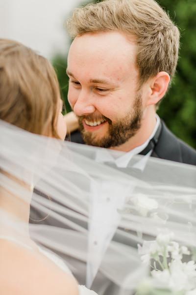 438_Ryan+Hannah_Wedding.jpg