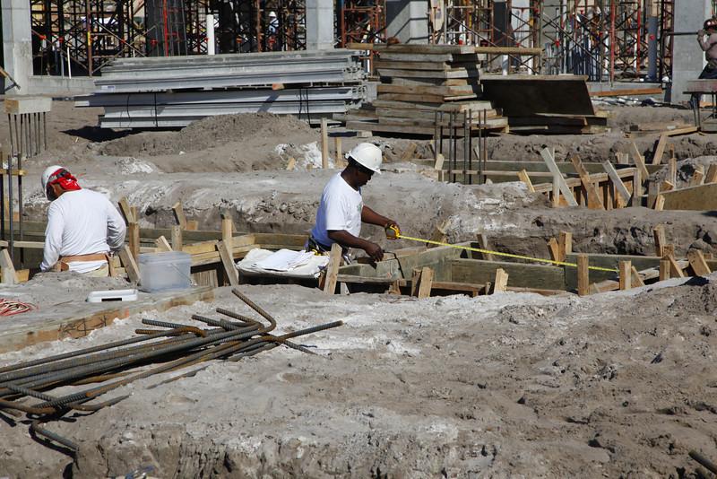 Worthing Place Conmstructioin Progress 2009 Mar 10 11am (45).JPG