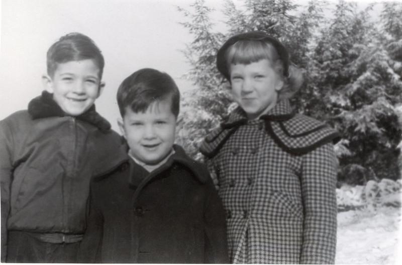 1954  John, Sue & Greg.jpg