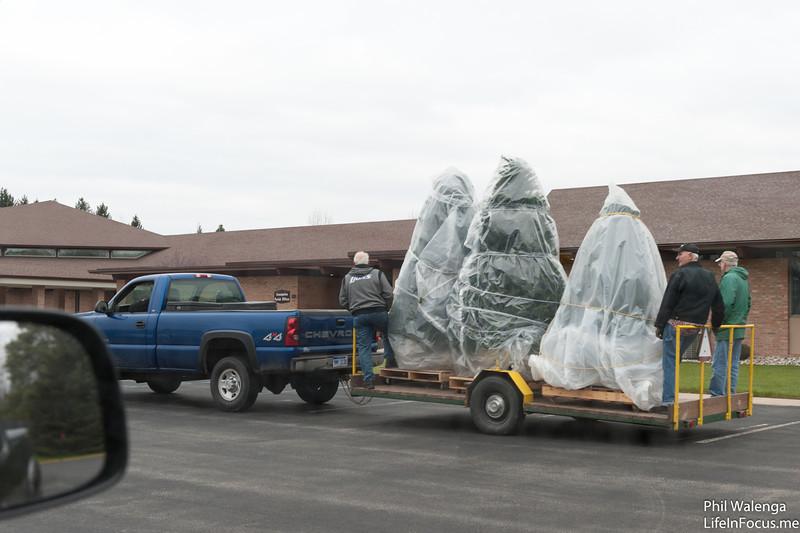 20121217 KofC Christmas Tree Setup-6246.jpg