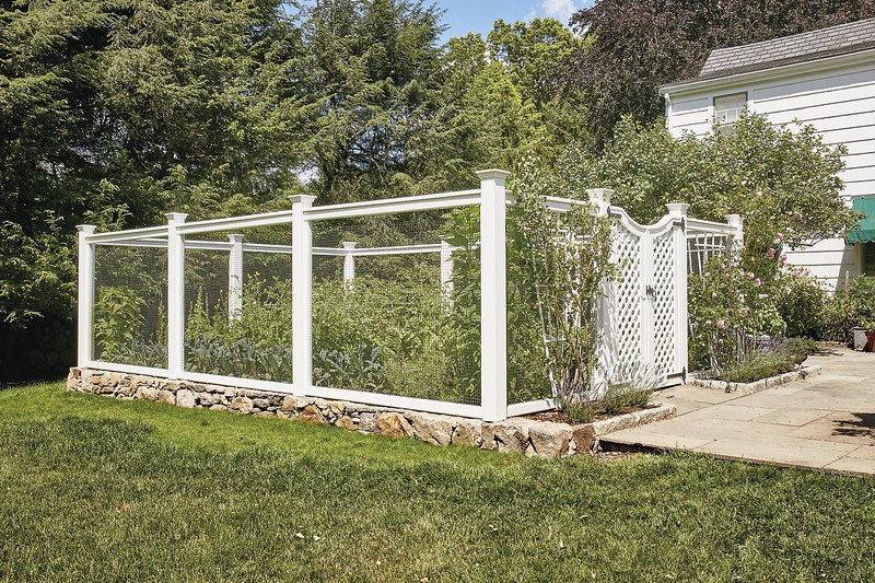177 - 511352 - Stamford CT - Sag Harbor Fence with Lattice Gate