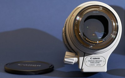 SOLD: Mint Canon 70-200 F2.8L IS for sale