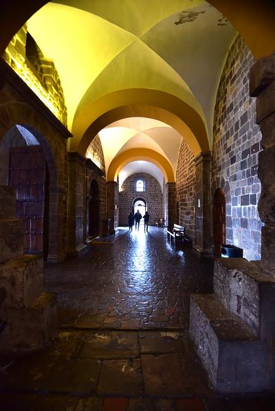 ECQ_5592-Arches.jpg