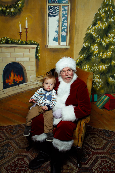 Pictures with Santa Earthbound 12.2.2017-107.jpg