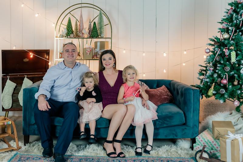 Therrien Family December 2020-19.jpg