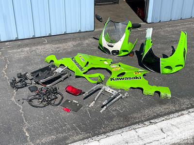 Kawasaki ZX-7RR Parts (BA) on IMA