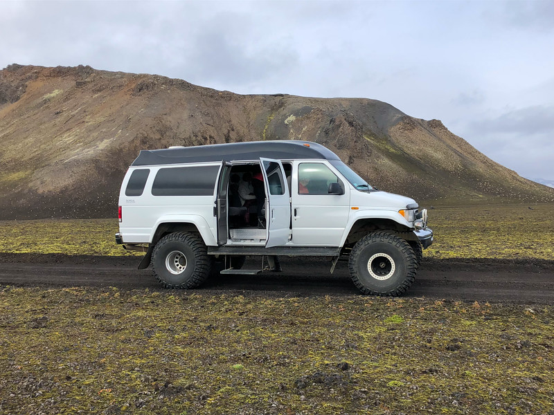 Super Jeep tour in Iceland
