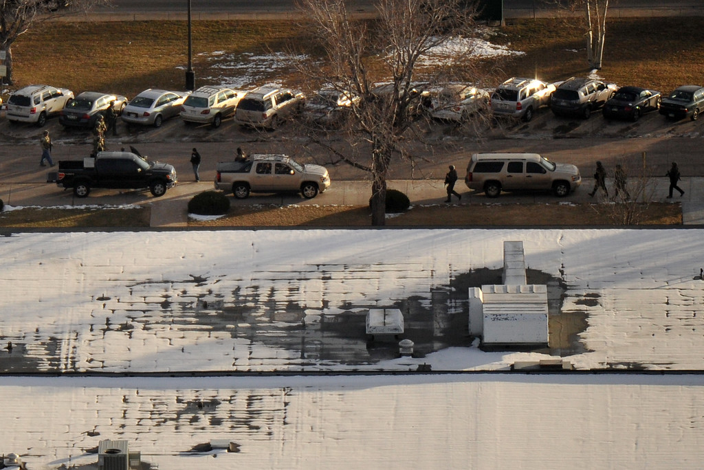 . LITTLETON, CO. DECEMBER 13: Officers  securing Arapahoe High School, Littleton, Colorado. December 13, 2013. (Photo by Hyoung Chang/The Denver Post)