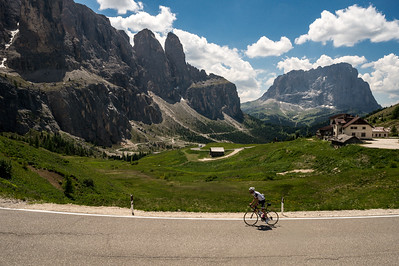 Luarens Ten Dam in the Dolomite training prior to 2017 Tour de France