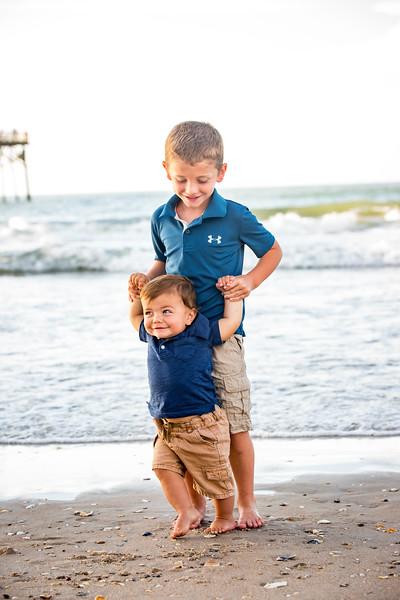 Family beach photos-130.jpg
