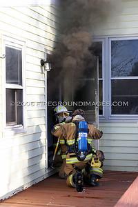 Nichols Ave. Fire (Shelton, CT) 1/12/06