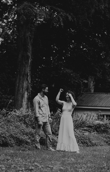 Chelsea and Cameron BW-32.jpg