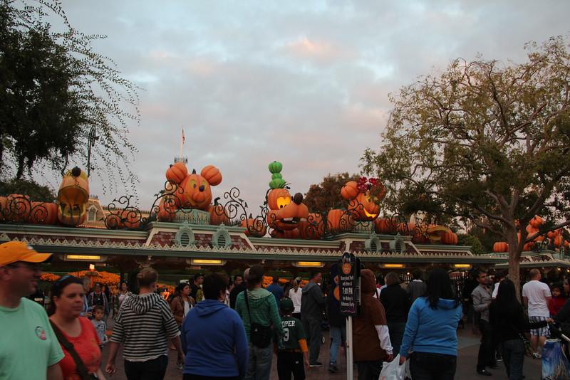 Disney Halloween 006.jpg