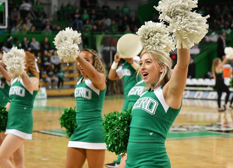 cheerleaders6645.jpg