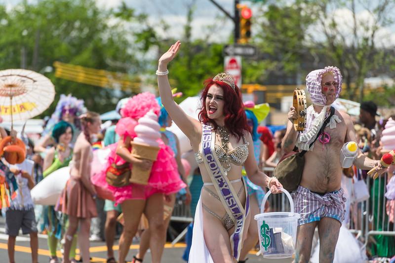 2019-06-22_Mermaid_Parade_1427.jpg