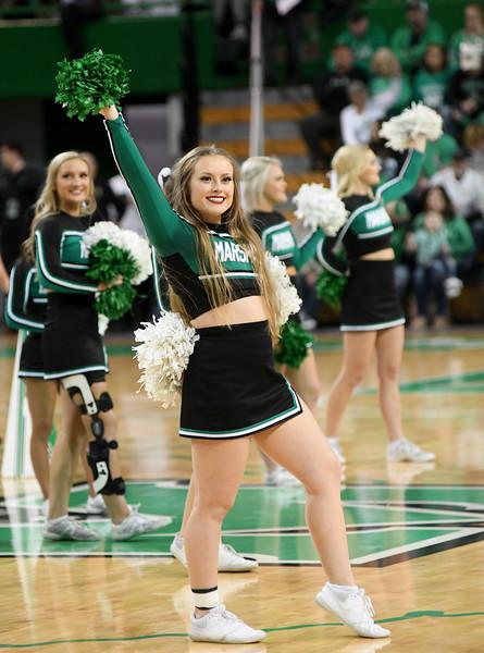 cheerleaders0906.jpg