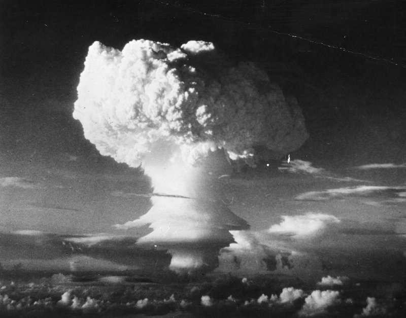 ". <p>6. HYDROGEN BOMB <p>Came THIS close to nuking North Carolina in 1961. Suppose that would have been a bad thing, huh? (unranked) <p><b><a href=\'http://www.theguardian.com/world/2013/sep/20/usaf-atomic-bomb-north-carolina-1961\' target=""_blank\""> HUH?</a></b> <p>     (Three Lions/Getty Images)"
