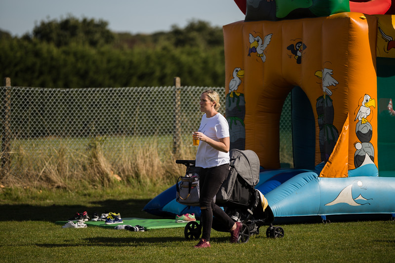 bensavellphotography_lloyds_clinical_homecare_family_fun_day_event_photography (139 of 405).jpg
