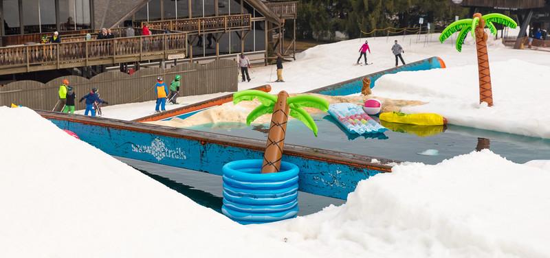Pool-Party-Jam-2015_Snow-Trails-780.jpg