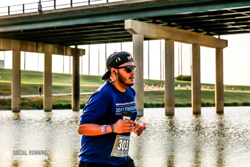 National Run Day 18-Social Running DFW-1740.jpg
