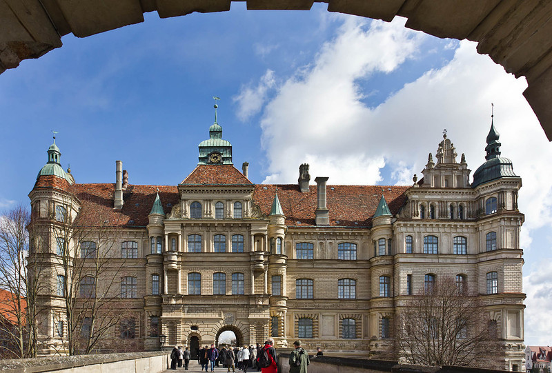 Güstrow, Schloss. Westfassade