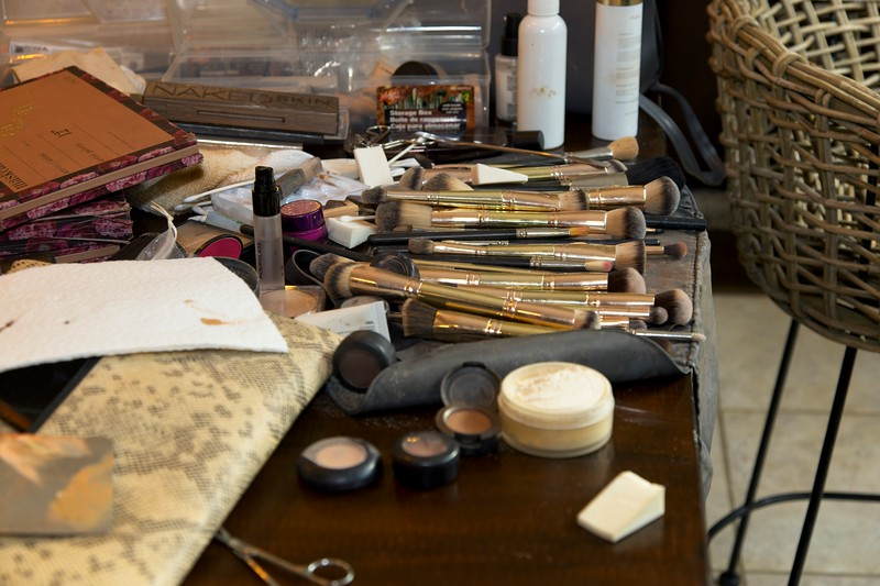 112020_Wedding-172516-GettingReady-0035.jpg
