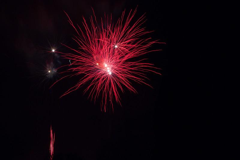 2018 - Dunorlan Park Fireworks 003_