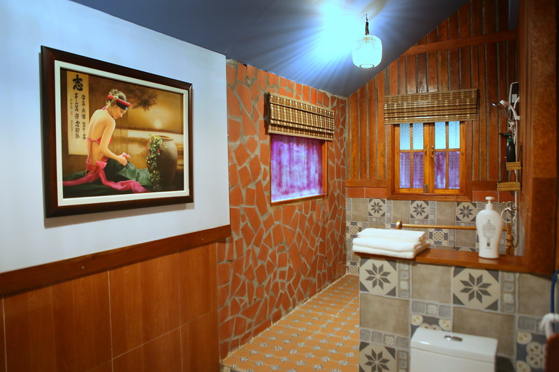 And this is the bathroom/shower.