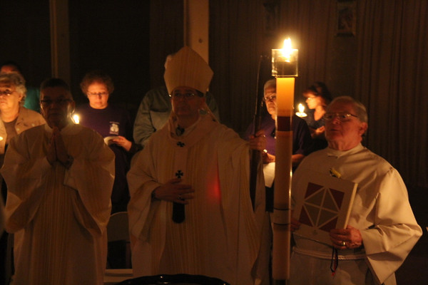 The Easter Vigil! / ¡La Vigilia Pascual!