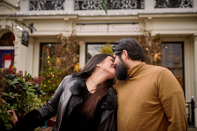 London-engagement-photo-shoot