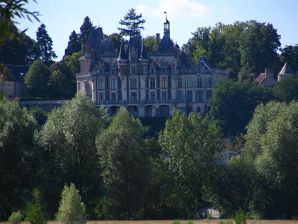 Chateau de Montigny-le-Ganelon