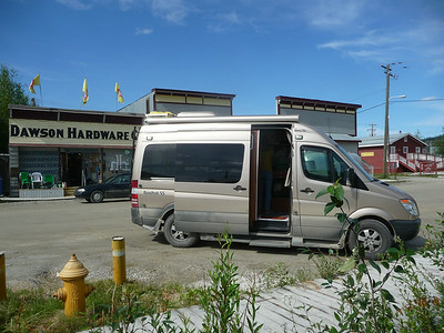 Inuvik_Whitehorse_Dawson City_1