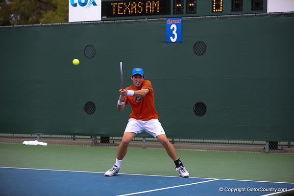 #35 FLORIDA GATORS VS #11 TEXAS A&M  MENS TENNIS 03-03-2013