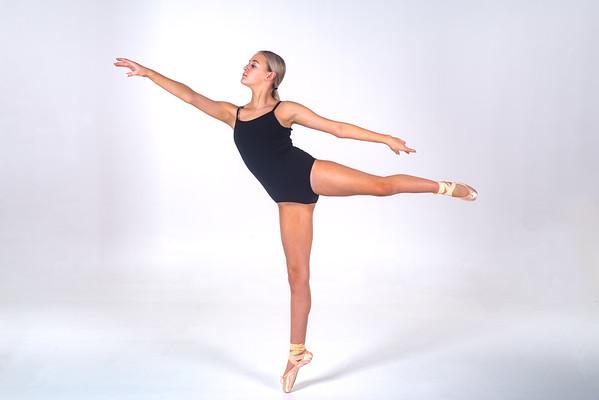 Riley Metzgar