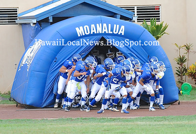 "09-14-12 Moanalua High School Homecoming Parade & Varsity ""vs"" Kaimuki Bulldogs (36-0)"