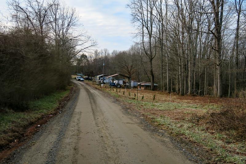 Traphill Ridge Road -- 1,340'