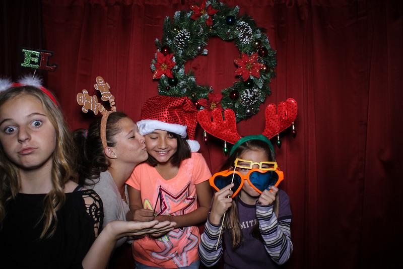 Good Shepard Lutheran School Christmas Boutique 2014-135.jpg
