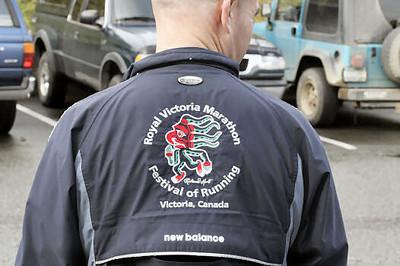 2005 Comox Valley Half Marathon - ComoxHalf2005-Al-Livsey-077.jpg