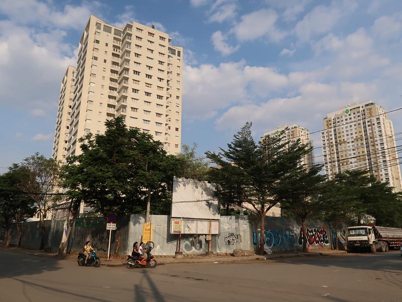 IMG_1879-empty-lot-nguyen-van-huong-so-66-thao-dien.JPG