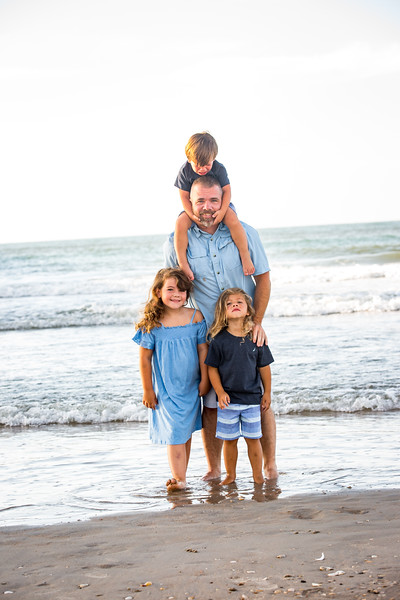 Family beach photos-58.jpg