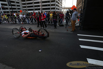 Wheel Chair & Hand Cycles - 2013 Detroit Free Press Talmer Bank Marathon