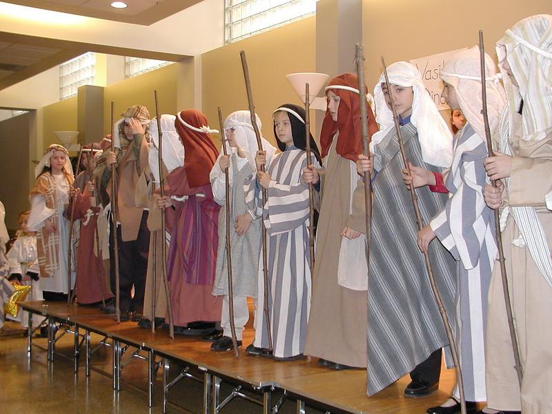 2004-12-19-Christmas-Pageant_012.jpg